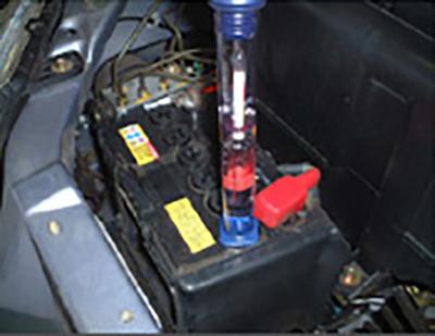 バッテリーの比重点検